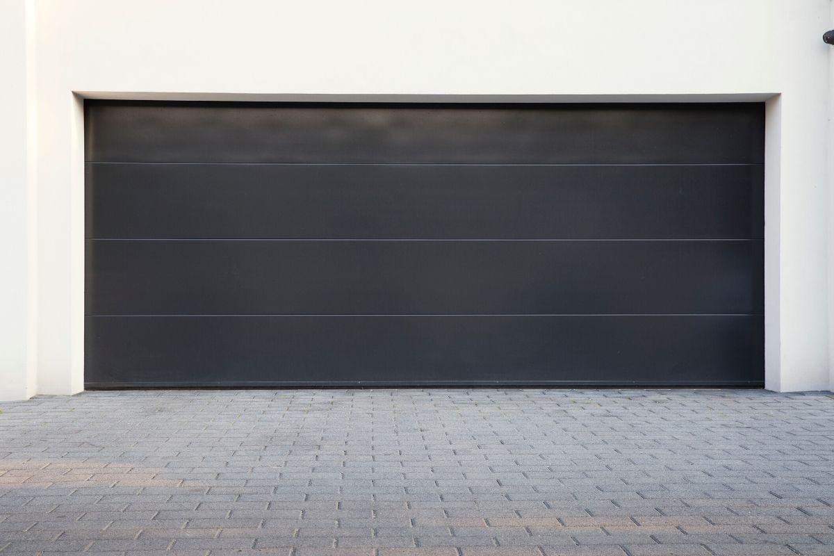 Garage Door Installation In Oakland Charter Township MI By Elite® Garage Door, Repair & Installation Services